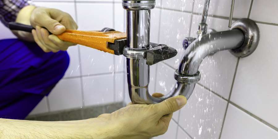 Plumber Company In Pembroke Pines Provides Residential And Commercial Plumbing Solutions Knott S Everyday Water Service